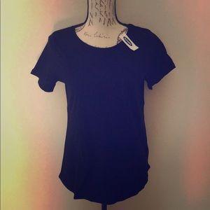NWT Old Navy Plain Black T-shirt